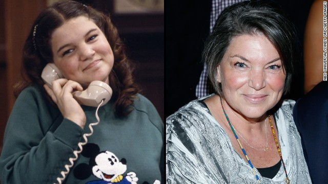 "Mindy Cohn has voiced ""Scooby-Doo's"" Velma and appeared on ""The Secret Life of the American Teenager"" as Dylan's mom since playing Natalie Green on ""The Facts of Life."" According to IMDb, Cohn will voice Velma in the 2015 TV movie ""Freak Out Scooby Doo!"""