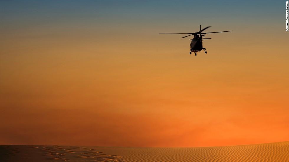 Viaje en helicóptero por el desierto del Sahara (Marruecos)