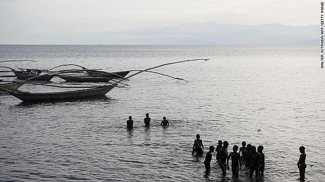 The lake has more than 200 kilometers of shoreline, and fishing is the main source of income for millions of people along he way.