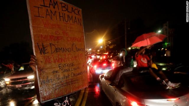 Nuevos disturbios tras la muerte de un joven negro por fuego policial