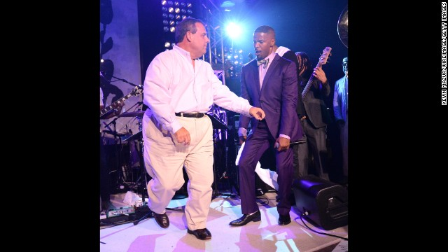 Christie dances in the Hamptons