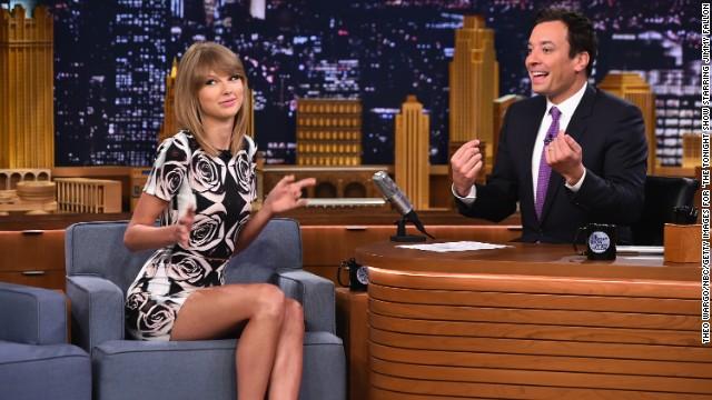 Taylor Swift, visiting