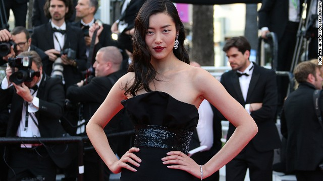 Liu Wen made history -- as well as her career -- by being the first Chinese model to walk the Victoria's Secret runway. Her earnings are placed at $7 million.