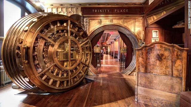 Una bóveda reconvertida (Trinity Place, Nueva York)