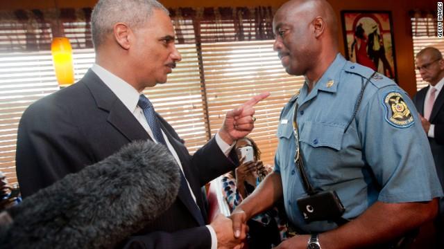 Obama propone que los policías usen cámaras personales tras el caso Brown