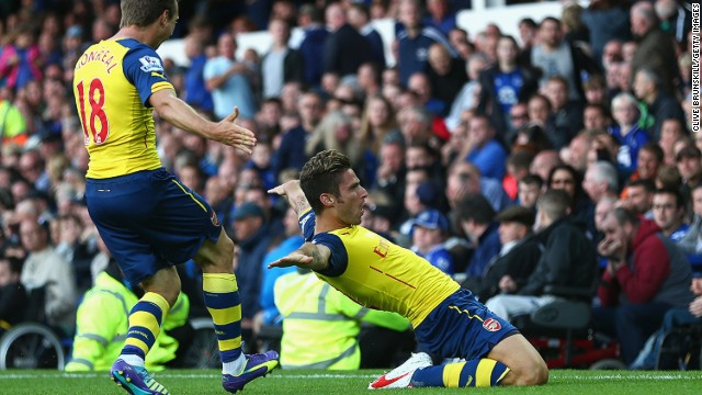 Olivier Giroud celebrates scoring a late equalizer against Everton at Goodison Park on Saturday.