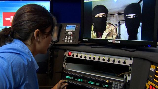 Dos extranjeros explican por qué se unieron a ISIS y justifican las decapitaciones