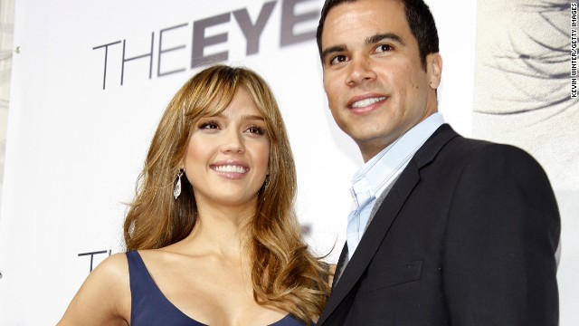 Jessica Alba and Cash Warren were so intent on keeping their marriage private that they did away with wedding guests altogether. The only other person present at the couple's uber-private ceremony at a Beverly Hills courthouse in May 2008 was the official who married them.