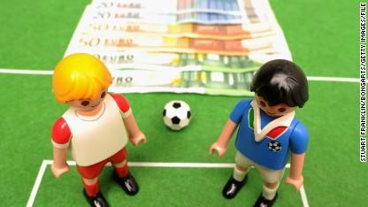 Football: Match fixer's 'favorite' referee