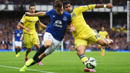 Football: Chelsea win thriller at Everton