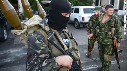 Russia 'attacks Ukraine airfield'