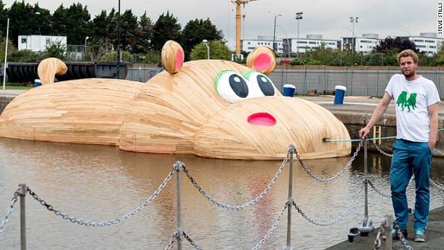 Hofman built his hippo for Totally Thames, a festival that celebrates London's famous river.