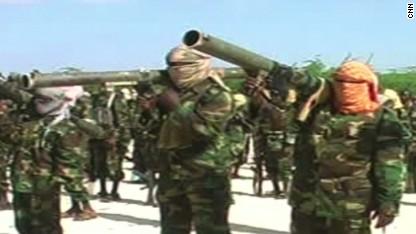 Air strikes target Somali terror group