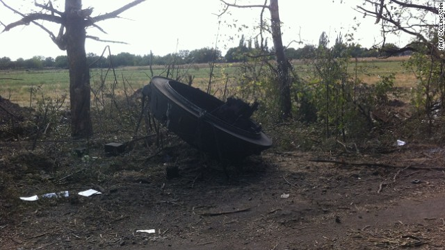 The turret of a destroyed tank, blown 20 meters from the main body of the vehicle, south of Ilovaisk.