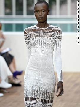 Julien Macdonald went for full-on glamor with <a href='http://www.cnn.com/2014/09/17/world/london-fashion-week-memorable-fashion/index.html?hpt=hp_c3'>his new collection</a>.