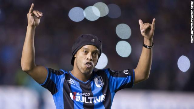 Indignación en México por los comentarios racistas de un político sobre Ronaldinho