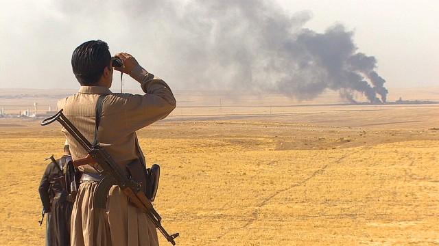 Con ayuda de EE.UU., los kurdos hacen retroceder a ISIS en combate
