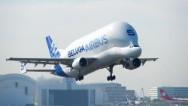 20 años del Beluga, el avión más extraño del mundo