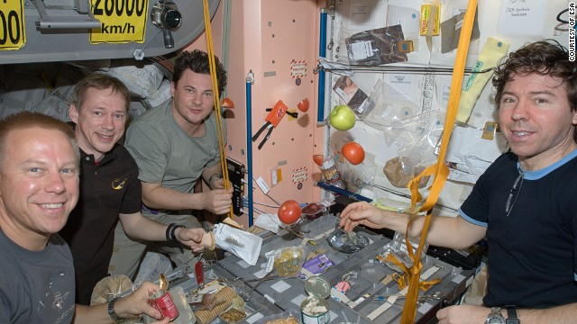 supply oxygen for astronauts - photo #28