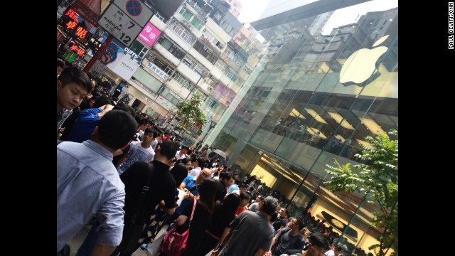 "HONG KONG: ""Thousands of people outside Apple store in Hong Kong. Some paying in excess of $20,000 HKD in cash, just meters from the entrance for new iPhone 6."" - CNN's Paul Devitt, September 20. Follow Paul (@devohk) and other CNNers along on Instagram at instagram.com/cnn."