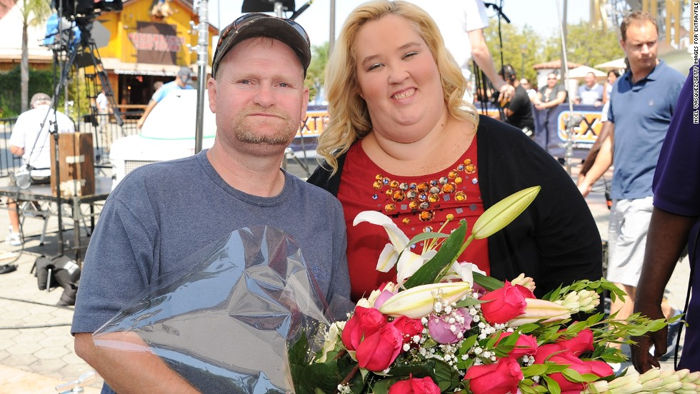 """It seems the sweetness has run out of Mike """"Sugar Bear"""" Thompson's relationship with June """"Mama June"""" Shannon. The couple, who star in TLC's """"Here Comes Honey Boo Boo,"""" announced in September that they were separating. Now there are allegations that Mama June has moved on to a relationship with a man who's <a href='http://www.people.com/article/mama-june-dating-sex-offender-here-comes-honey-boo-boo' target='_blank'>causing concern at TLC. </a>"""