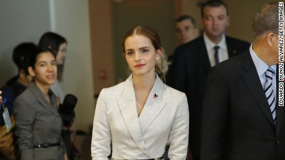 Emma Watson faces nude photo threat