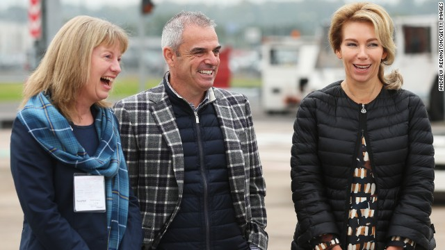 European captain Paul McGinley greeted the U.S. team when it touched down on the tarmac.