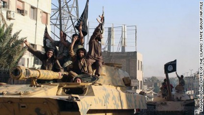 U.S. airstrikes hit ISIS inside Syria for first time