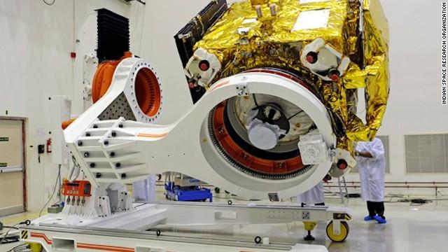 Nave espacial de la India se acerca lentamente a Marte... y a hacer historia