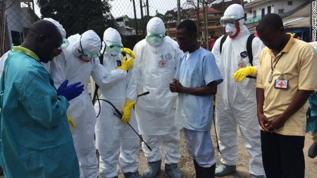 El ébola también 'mata' a quienes no lo tienen