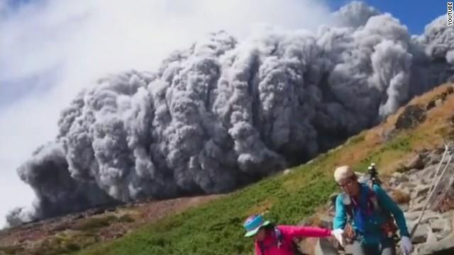 Contabilizan 48 muertos por erupción del monte Ontake en Japón