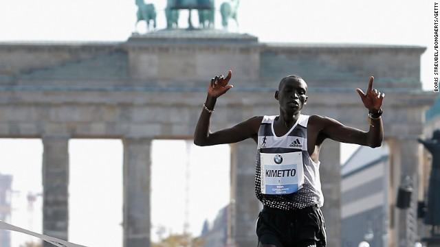 El keniano Dennis Kimetto rompe el récord mundial de maratón