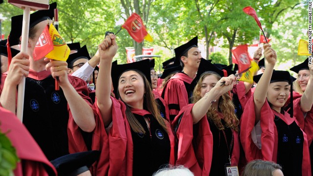 [Bild: 140929115355-harvard-graduates-story-top.jpg]