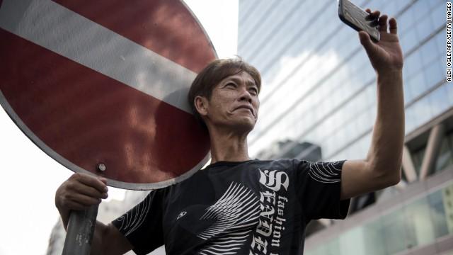 Los teléfonos móviles impulsan las manifestaciones en Hong Kong