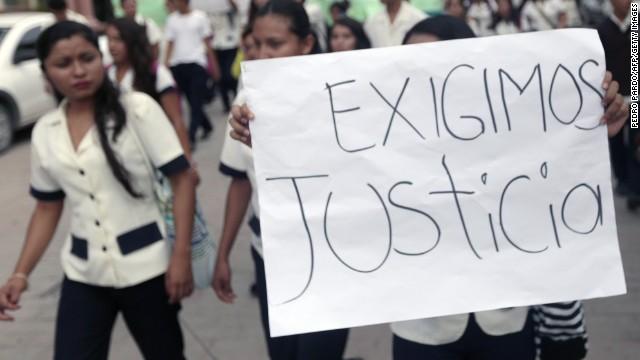 Autoridades de México buscan a 57 estudiantes desaparecidos