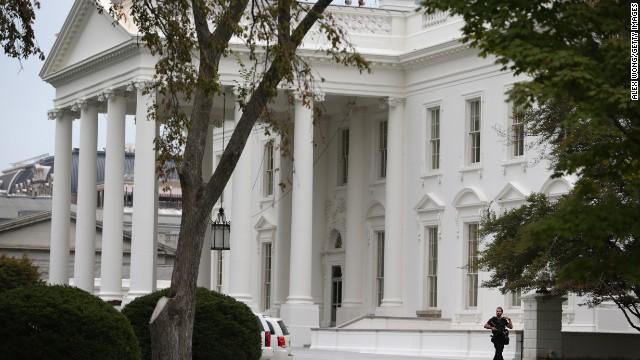 La directora del Servicio Secreto declara 'inaceptable' la intromisión en la Casa Blanca