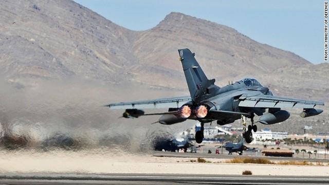Fuerzas británicas lanzan primeros ataques contra ISIS en Iraq