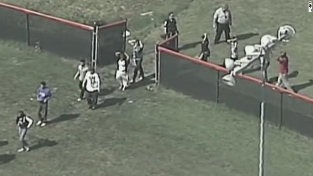 Policía de Louisville, Kentucky, detiene al sospechoso del tiroteo en una escuela