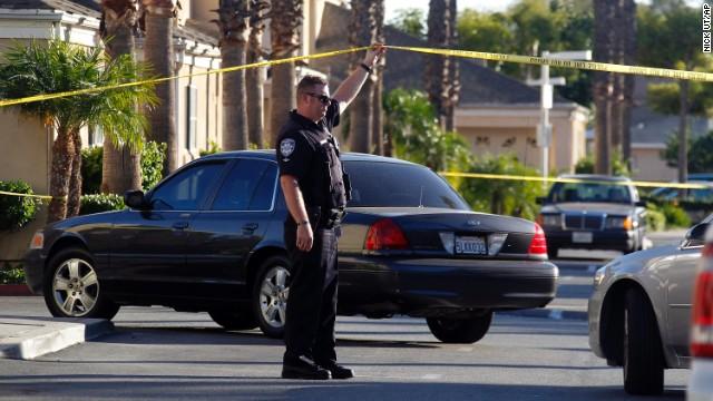 Muere baleado el alcalde de Bell Gardens, California