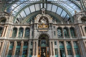 Antwerpen-Central (Amberes, Bélgica)