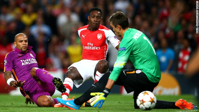 Danny Welbeck grabbed his first hat-trick for Arsenal as the English club beat Turkish side Galatasaray 4-1 at Emirates Stadium. Alexis Sanchez got the other goal while Arsenal goalkeeper Wojciech Szczesny was sent off.
