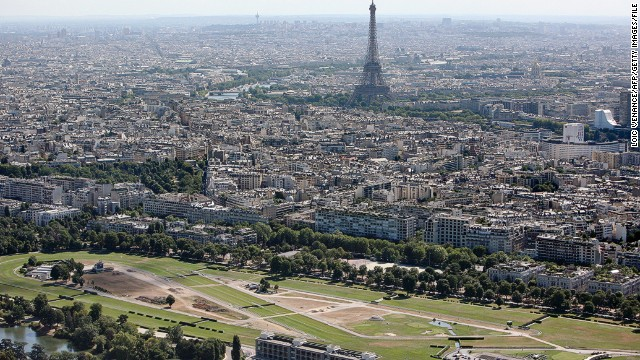 Nestling near the banks of the Seine in the western suburbs of Paris, Longchamp has played host to the Prix de l'Arc de Triomphe since 1920.
