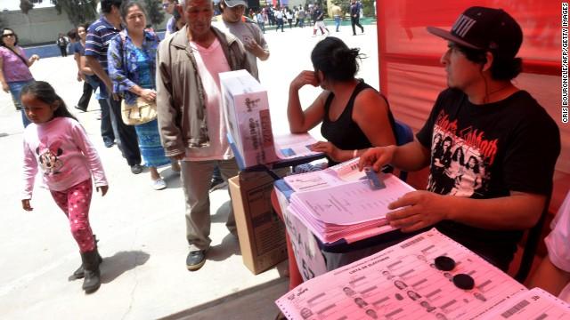 Perú eligió nuevas autoridades regionales y locales