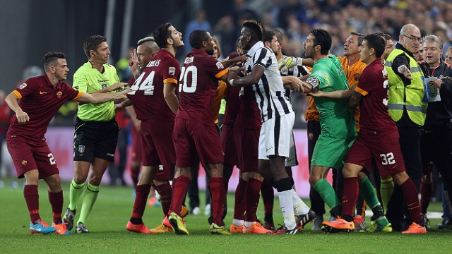 Italy's top two sides met for the first time this season on Sunday, Serie A champions Juventus winning an ill-tempered match 3-2. The clash saw three debatable penalties awarded by the referee -- two to Juve -- prompting Roma talisman Francesco Totti to lambast the official after the game.
