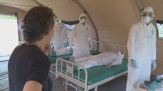 Entrenan a doctores cubanos para luchar el Ébola en África