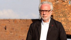 Video: Wolf Blitzer's emotional roots journey