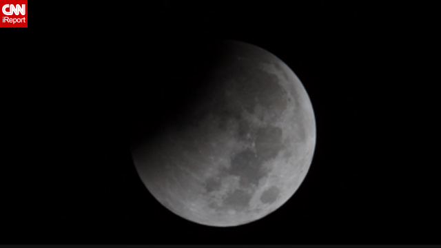 Espectacular 'time-lapse' del eclipse lunar