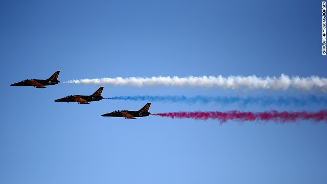 The inaugural Russian Grand Prix gets off to a flying start... First of all with a colorful flypast.