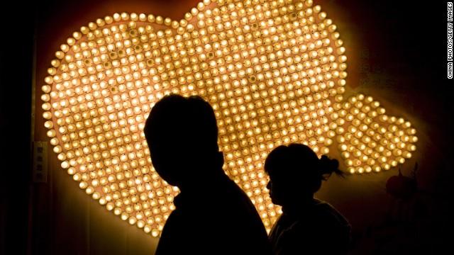 Alquila una novia virtual por 3 dólares al día