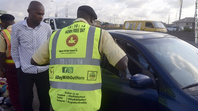 On Monday, officers of the Lagos State Traffic Management Authority took the streets to inform drivers about the horn-free initiative.
